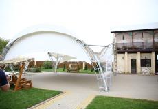 Арочные шатры для кафе img6435